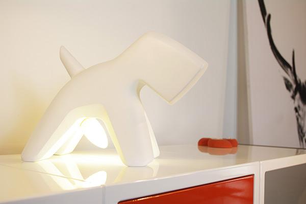 Well-Endowed Doggy Lighting - image richard_04 on http://bestdesignews.com