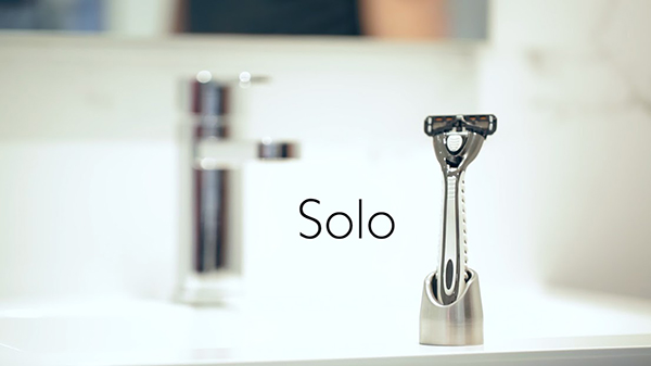 Solo - Minimalist Razor Stand and Toothbrush Holder by FLYT