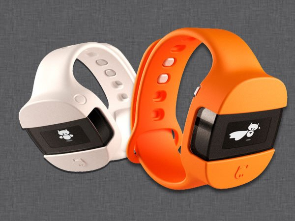 Miiya Dedicated Fitness Smartwatch for Children by Frédéric Bruneau & Nicolas Bruneau
