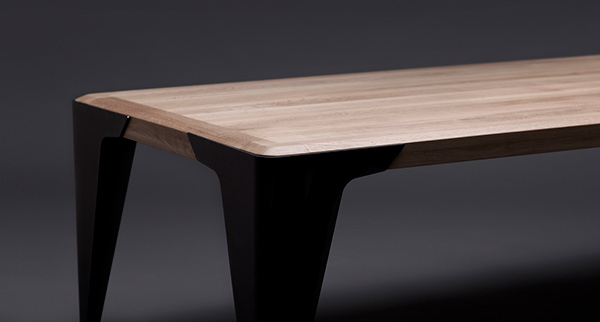 Quadra Table by Wo Mierzwa