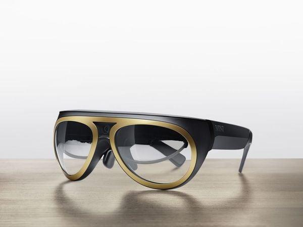 Maximising your MINI experience - image mini_augmented_goggles_5 on http://bestdesignews.com