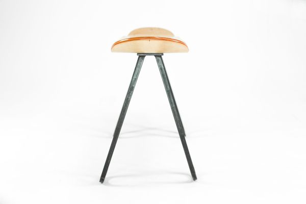 What's a Skateboard with legs called? - image bakedroast_skateboard_table_6 on http://bestdesignews.com