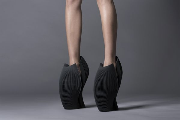 Heel Appeal - image unx2_shoe_9 on http://bestdesignews.com