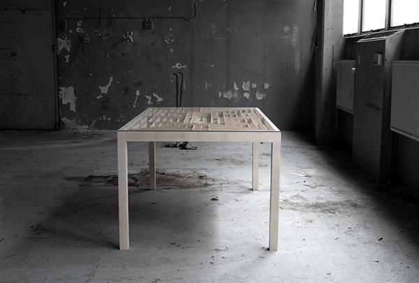 Play With Your Table, Not Your Food - image labyrinth_03 on http://bestdesignews.com