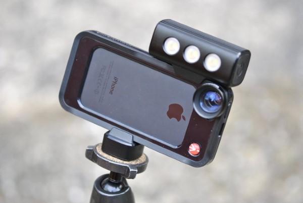 Lights, Camera, iPhone! - image klyp_iphone_accessories_4 on http://bestdesignews.com