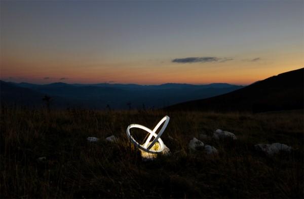 Lamptastic! - image infinity_lamp_sculpture_10 on http://bestdesignews.com