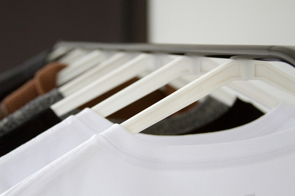 Cling: Magnetic Clothing Hanger with Detachable Hook by HANGDSGN