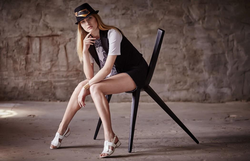 Skele-stool