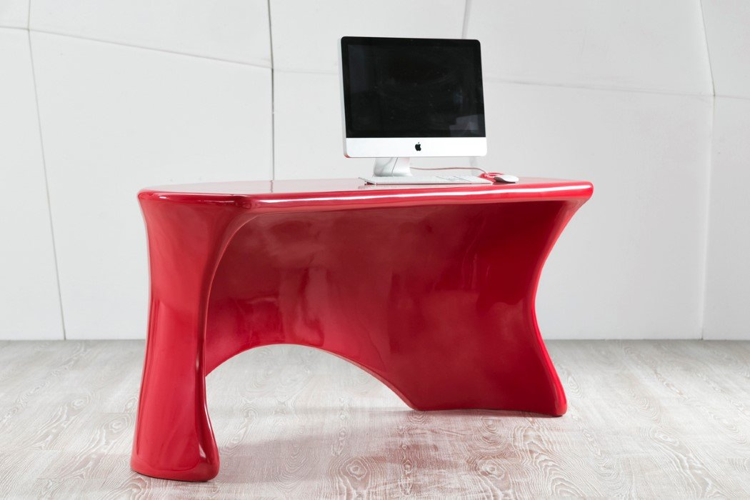 Red Hot Desk Yanko Design