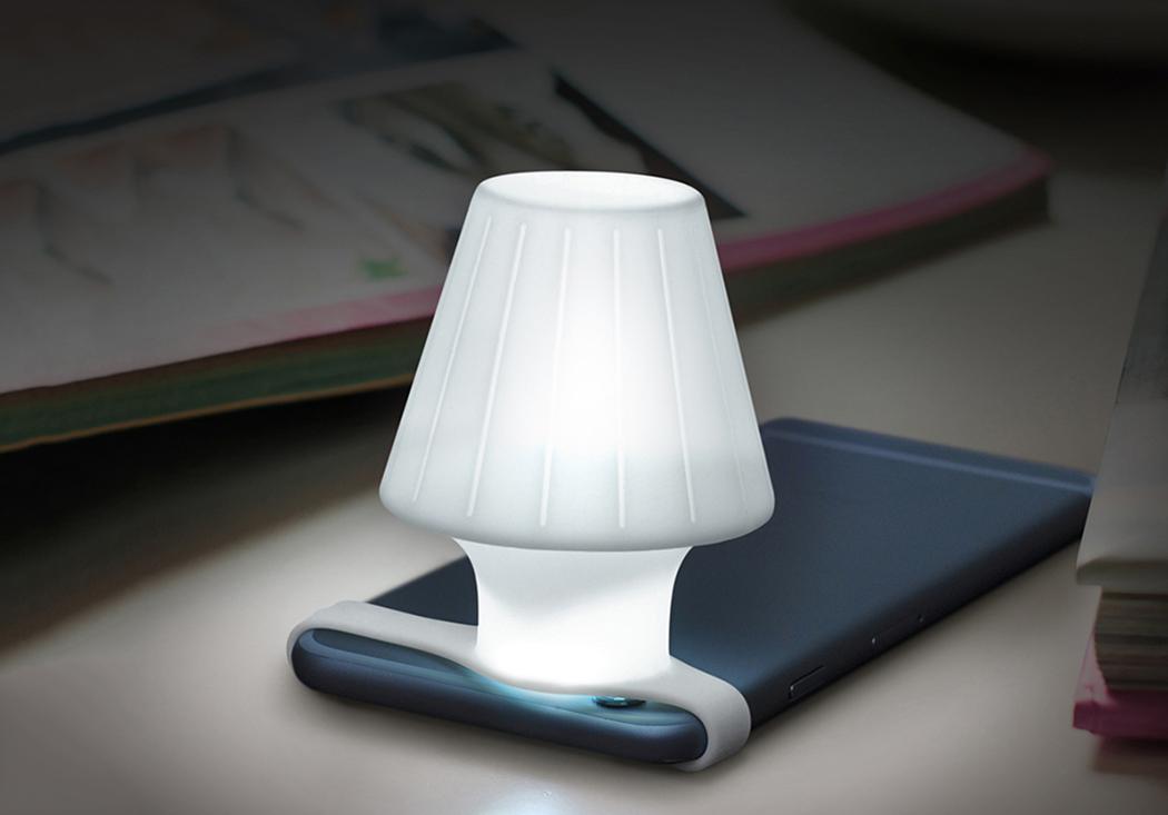 travelamp_phone_lamp_2
