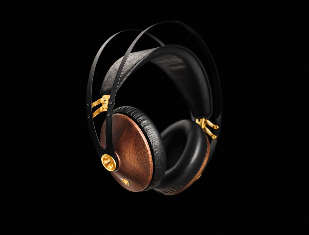 99classics_headphones_1