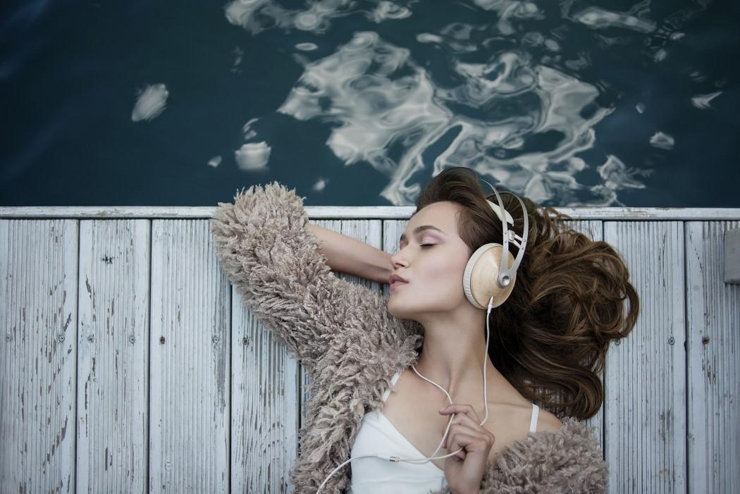 99classics_headphones_16