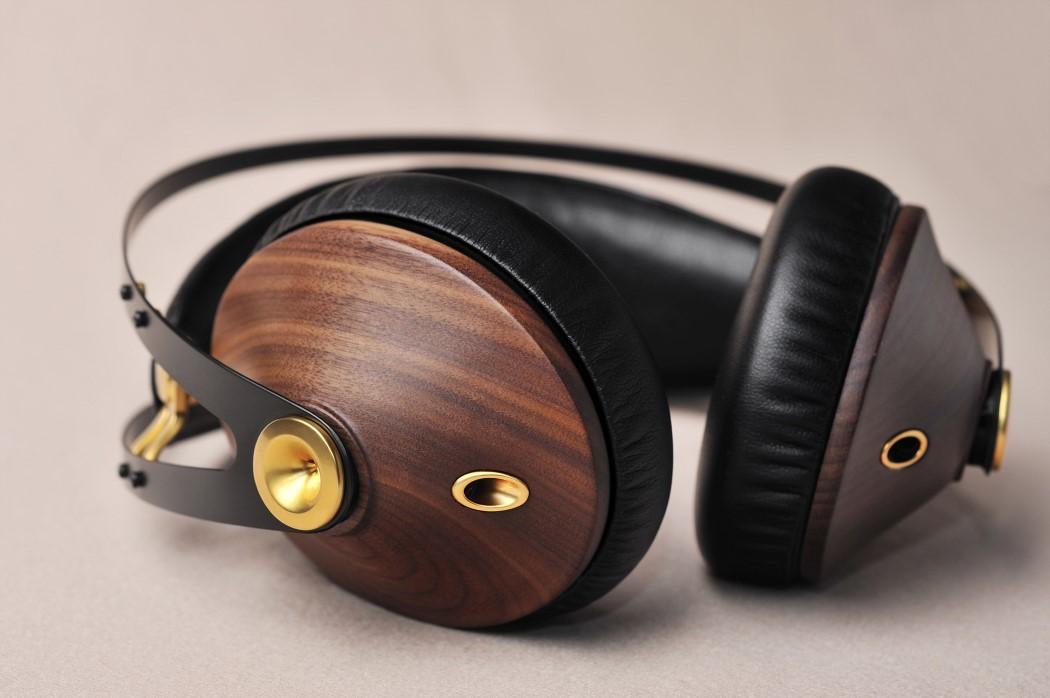 99classics_headphones_3