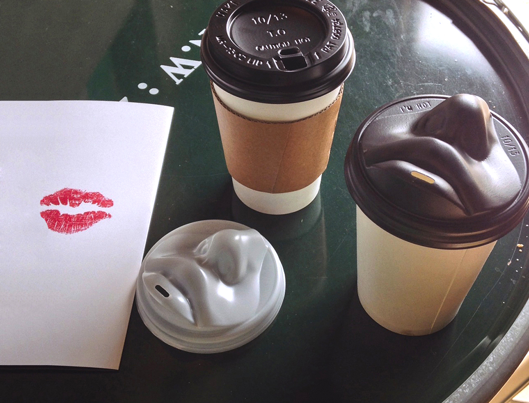 kiss_coffee_lid_2