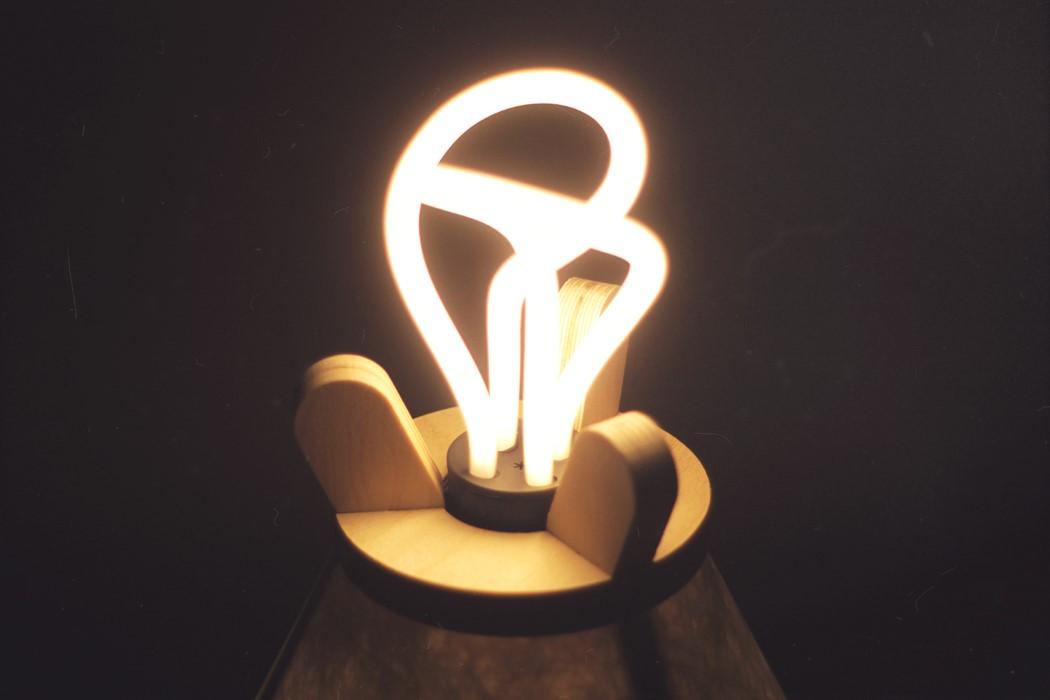 lavu_lamp_3