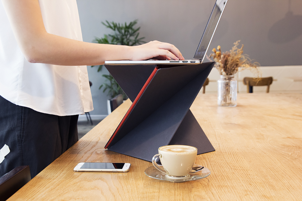 A Sit Stand Desk For All Yanko Design