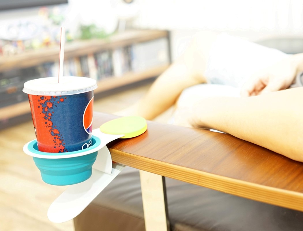 exclamation_cup_holder_8