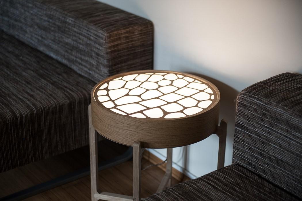 monai_light_table_8