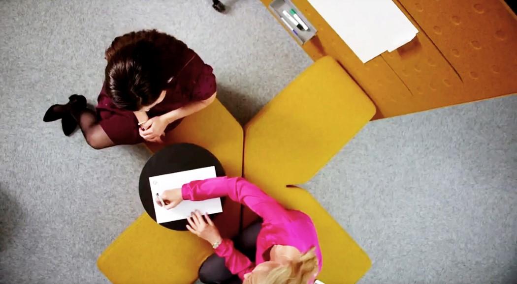plus_office_furniture_11