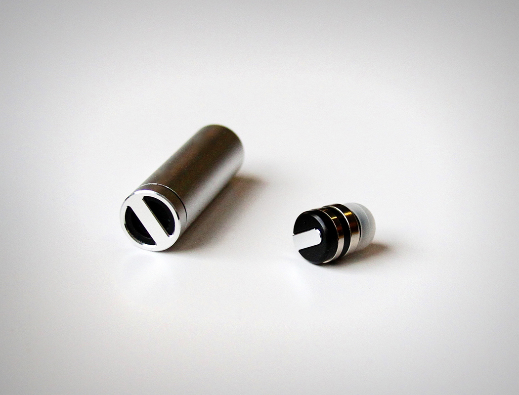bullet_earphone_2