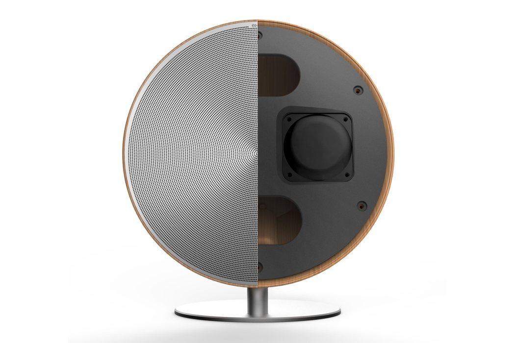 solo_speaker4