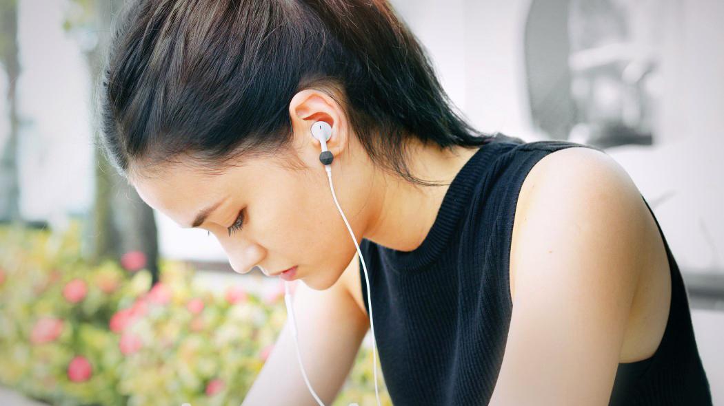 mclip_earphone_clip_13