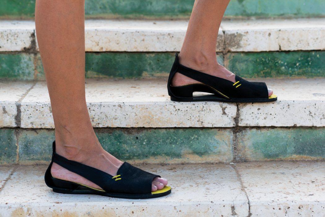 custom_sandals2