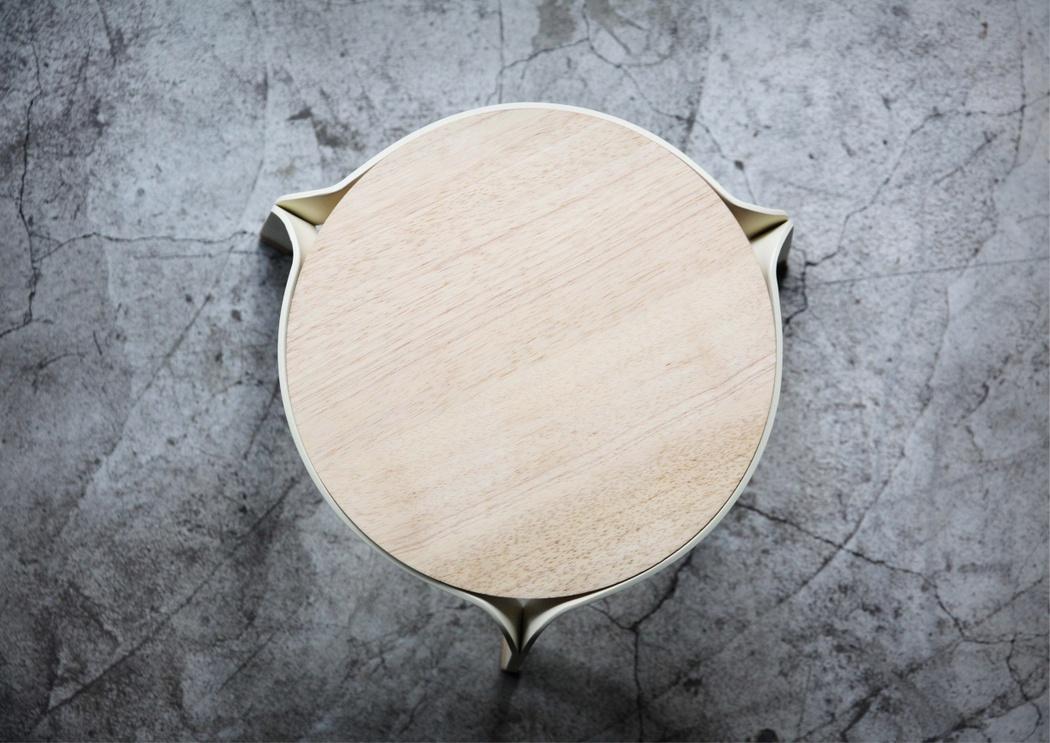 dong_stool_1