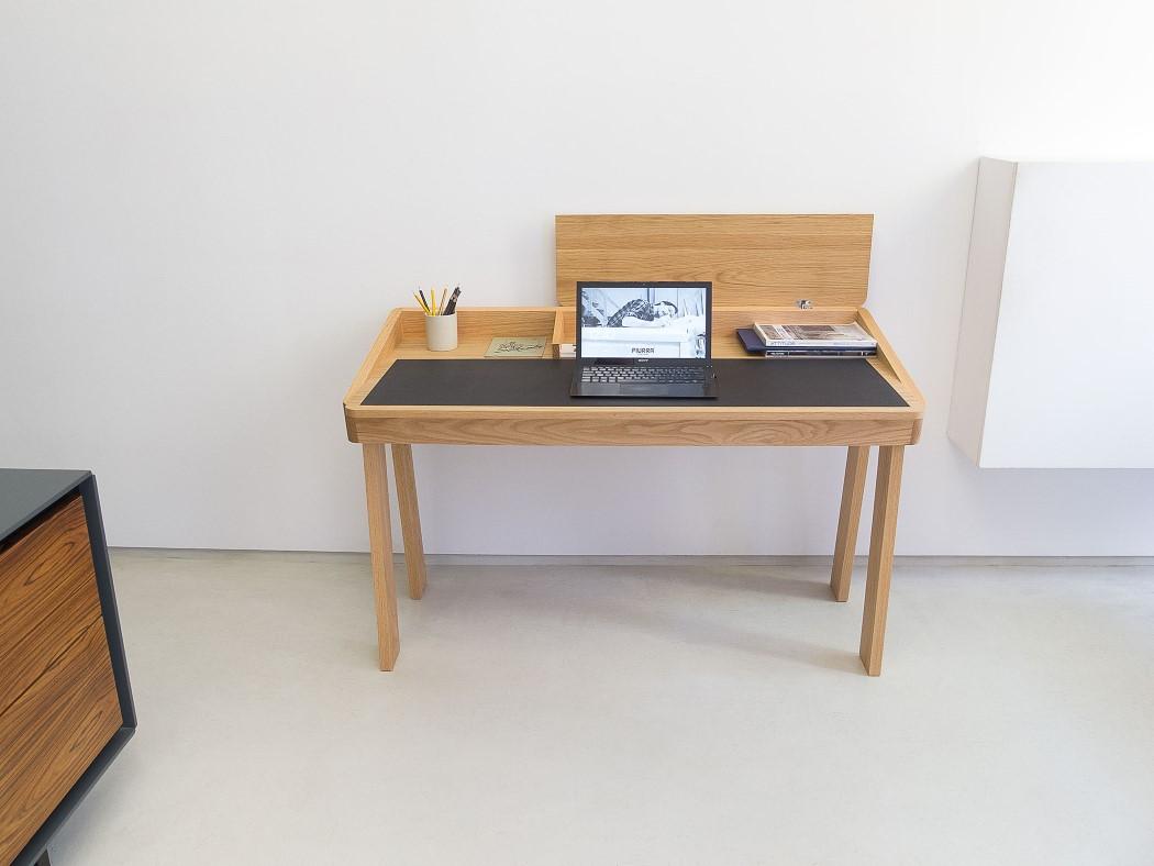 ten_desk_7