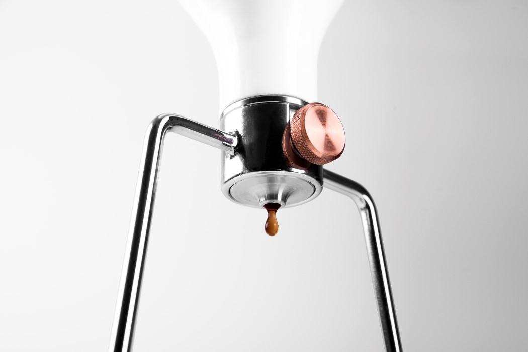 gina_coffee_brewer_14