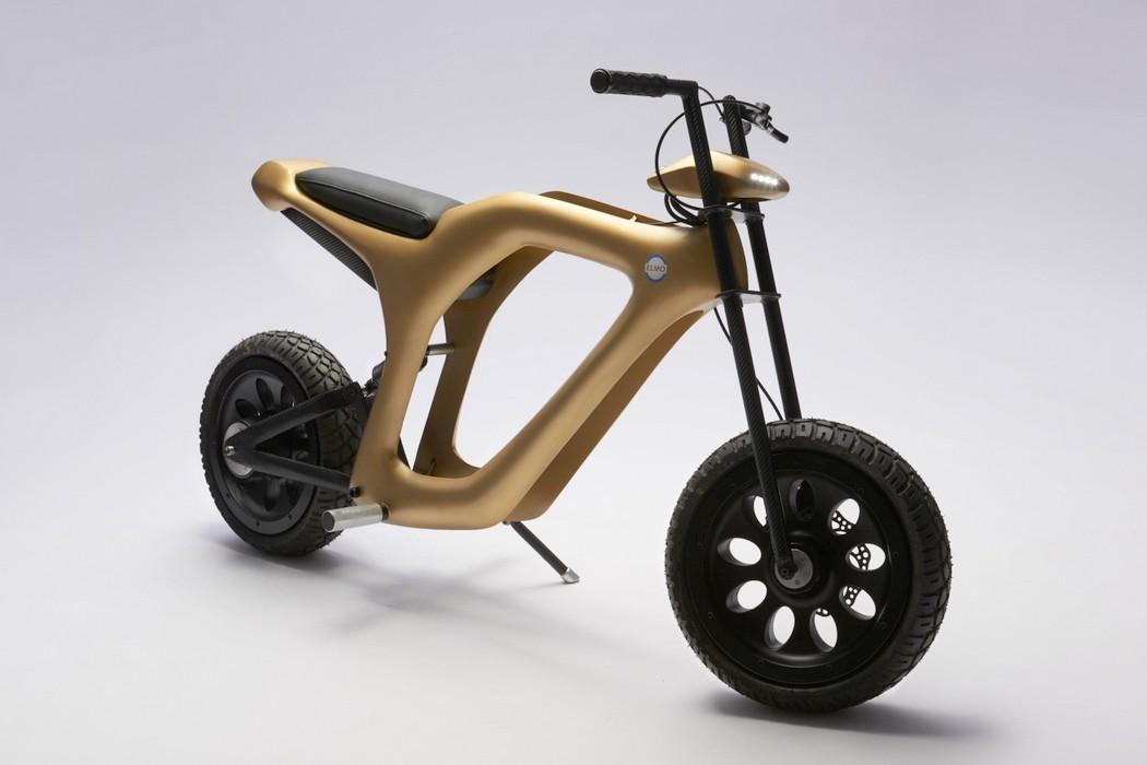 golden_moped_1