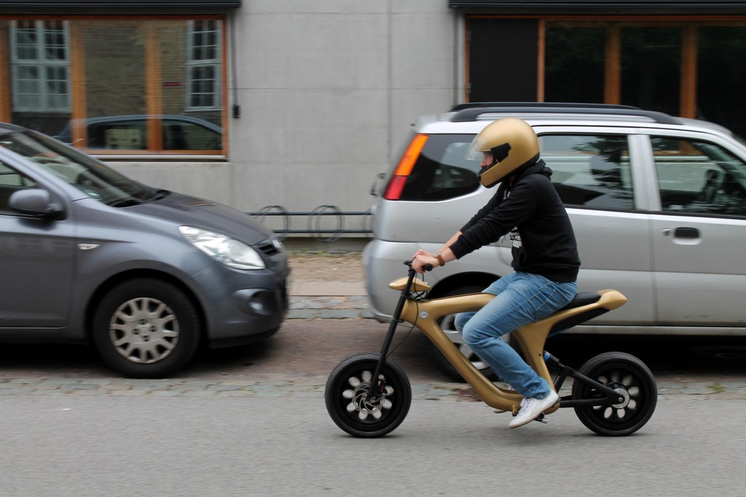 golden_moped_6