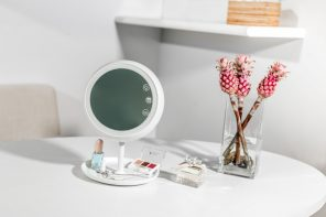 Smart Mirror makes you look your best!