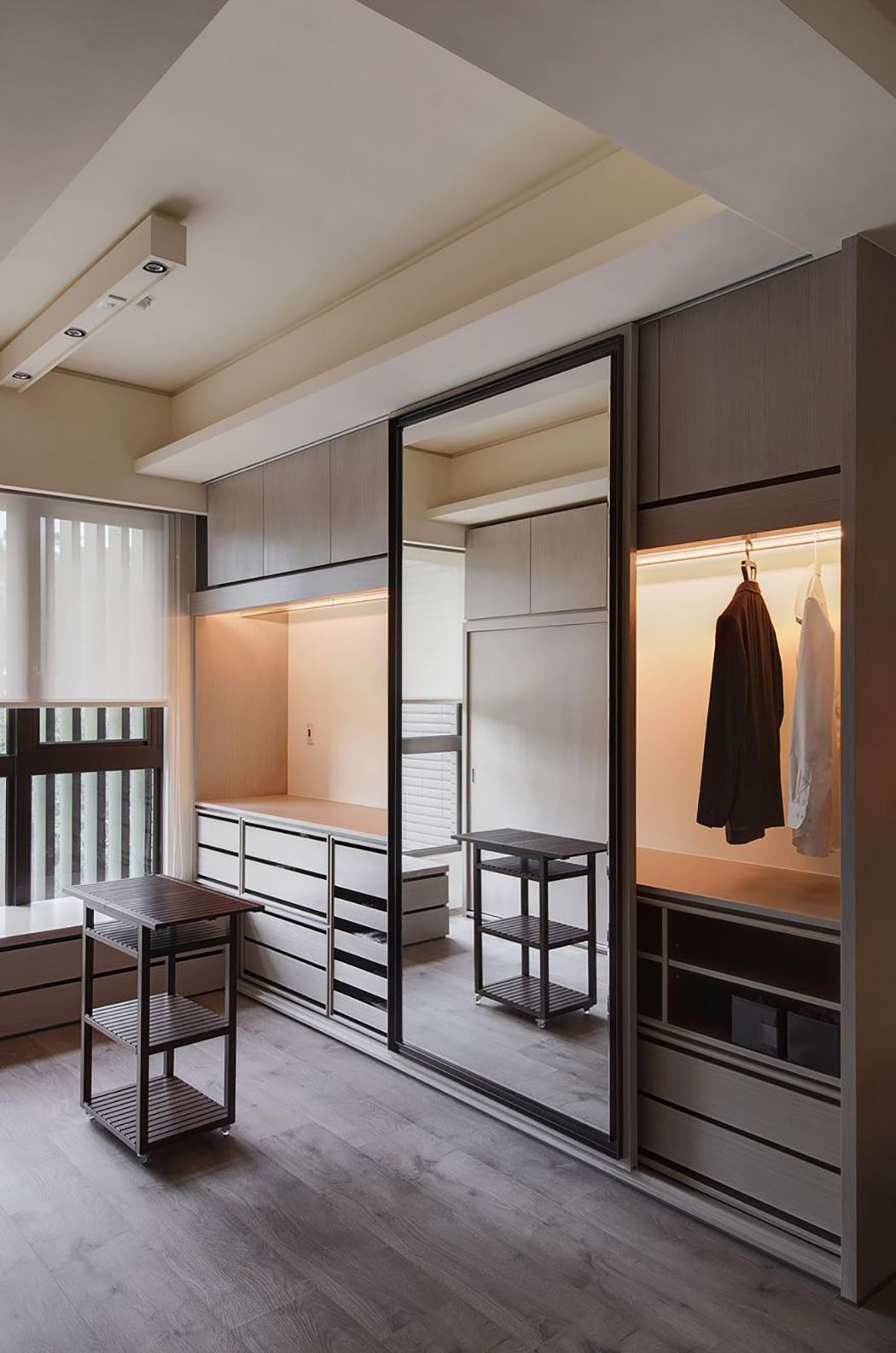 Mastering Interior Minimalism