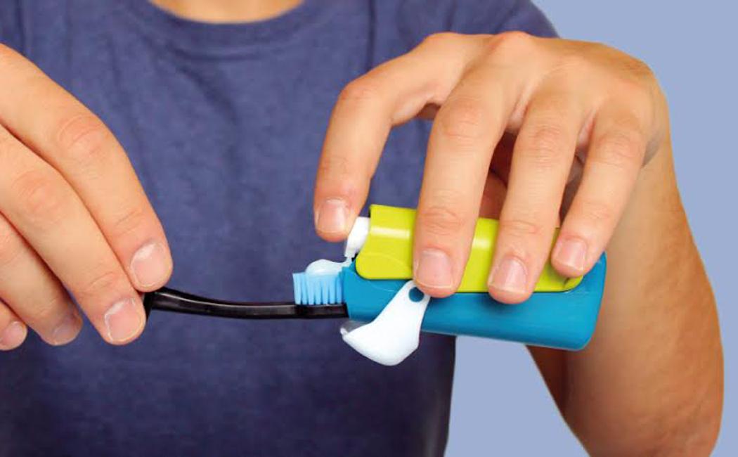banale_toothbrush_4