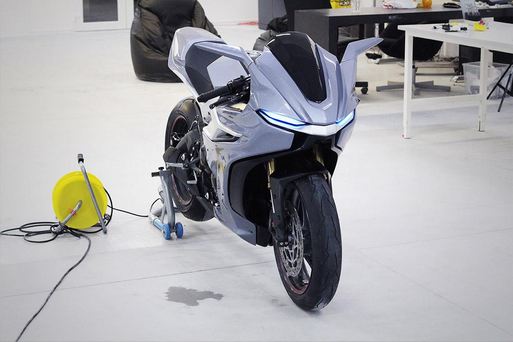 motorbike_03