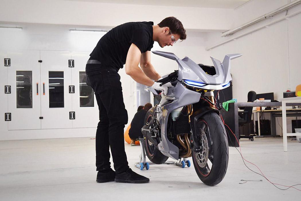motorbike_04