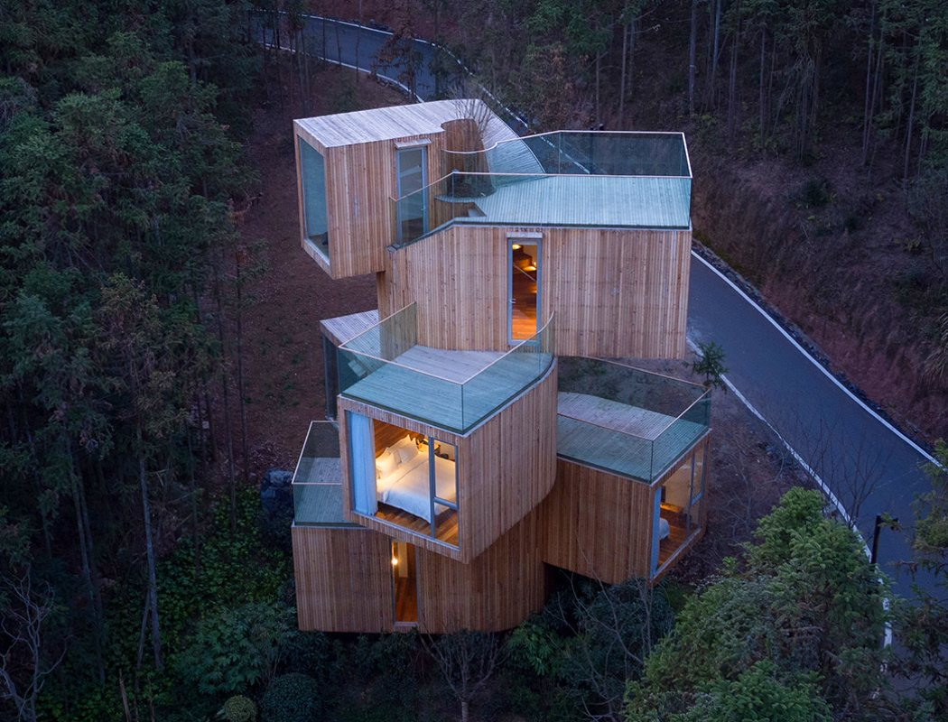 qiyun_mountain_tree_house