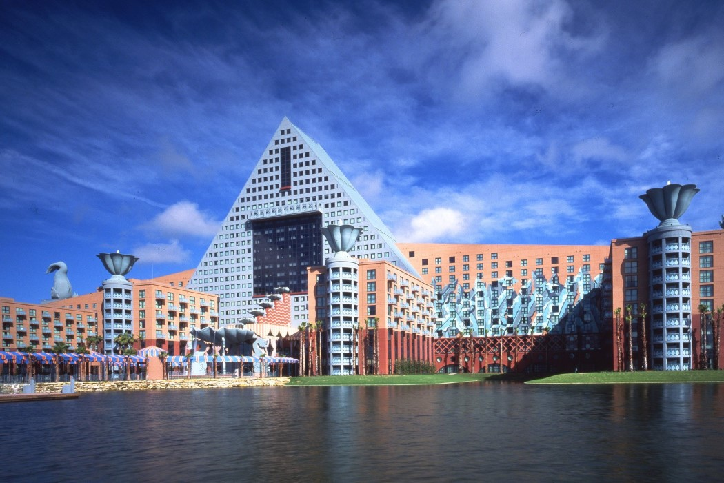 disney_world_hotel_1