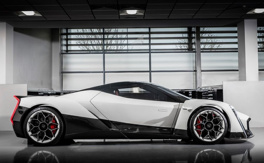 electric_hypercar_4