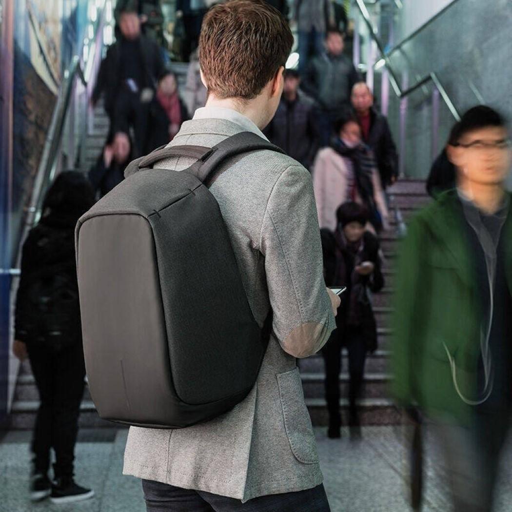 bobby_backpack_10
