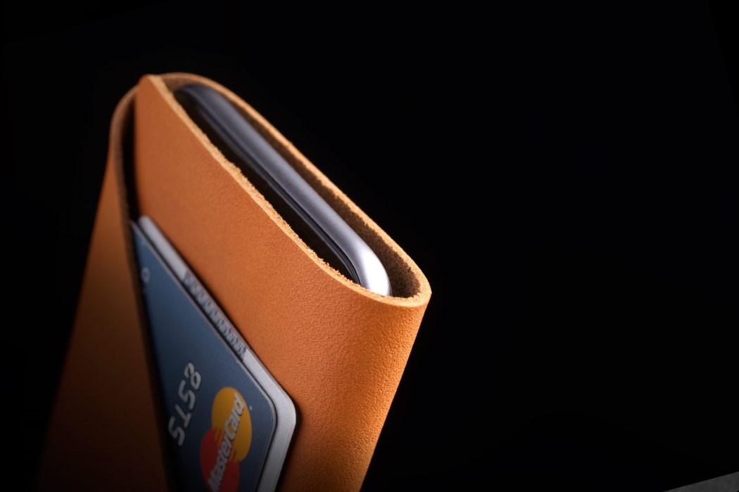 mujjo_sleeve_wallet_3