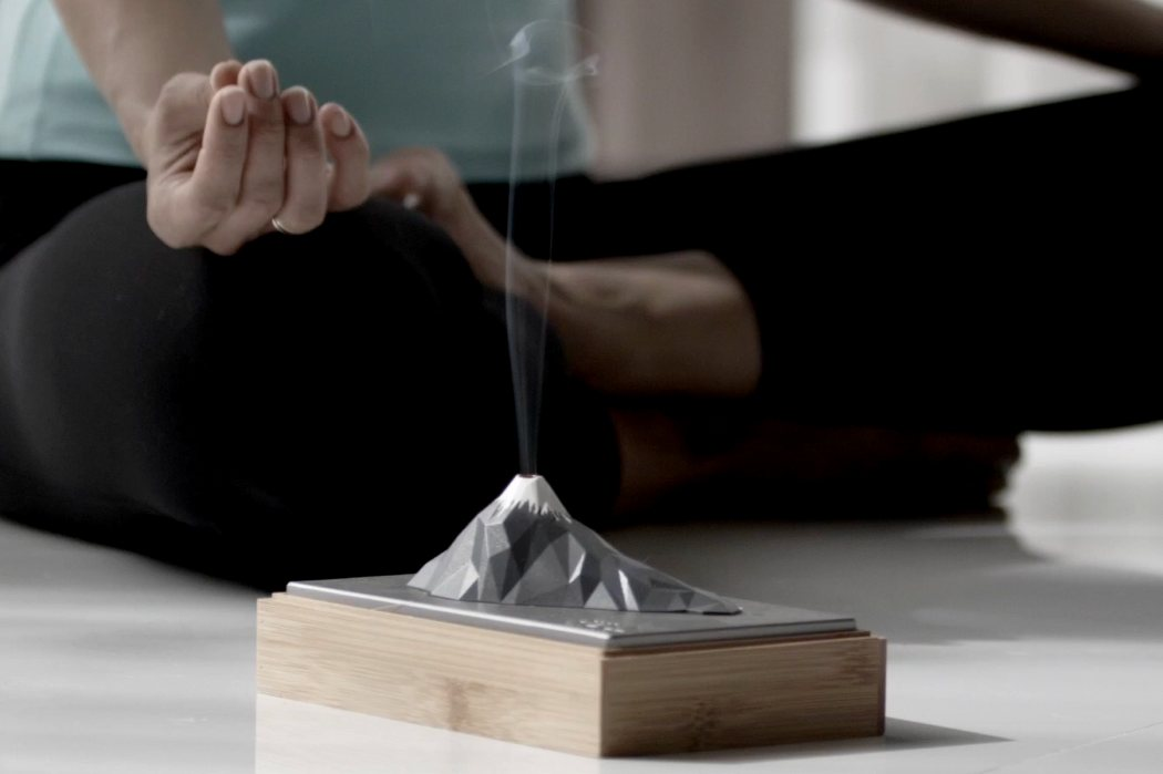 aroma_mountain_incense_holder_07