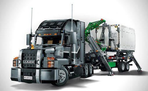 lego_technic_2_in_1_mack_truck_01