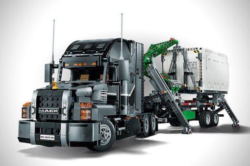 lego_technic_2_in_1_mack_truck_01