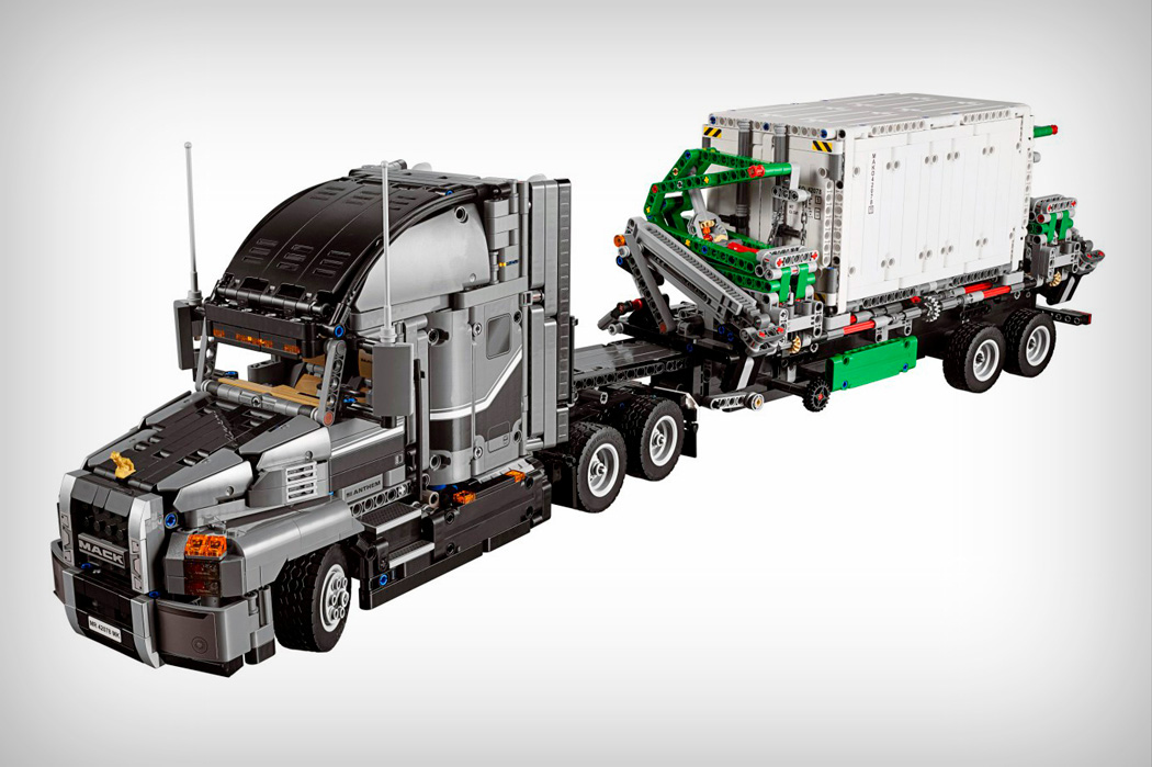 lego_technic_2_in_1_mack_truck_04