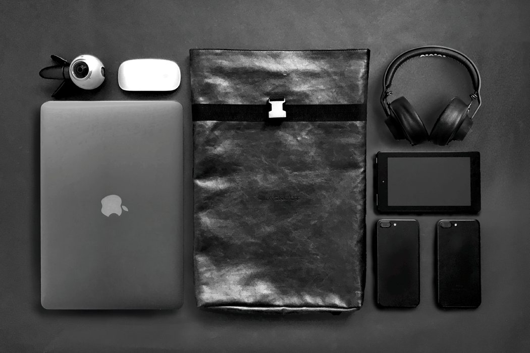 faraday_pocket_and_pouch_02
