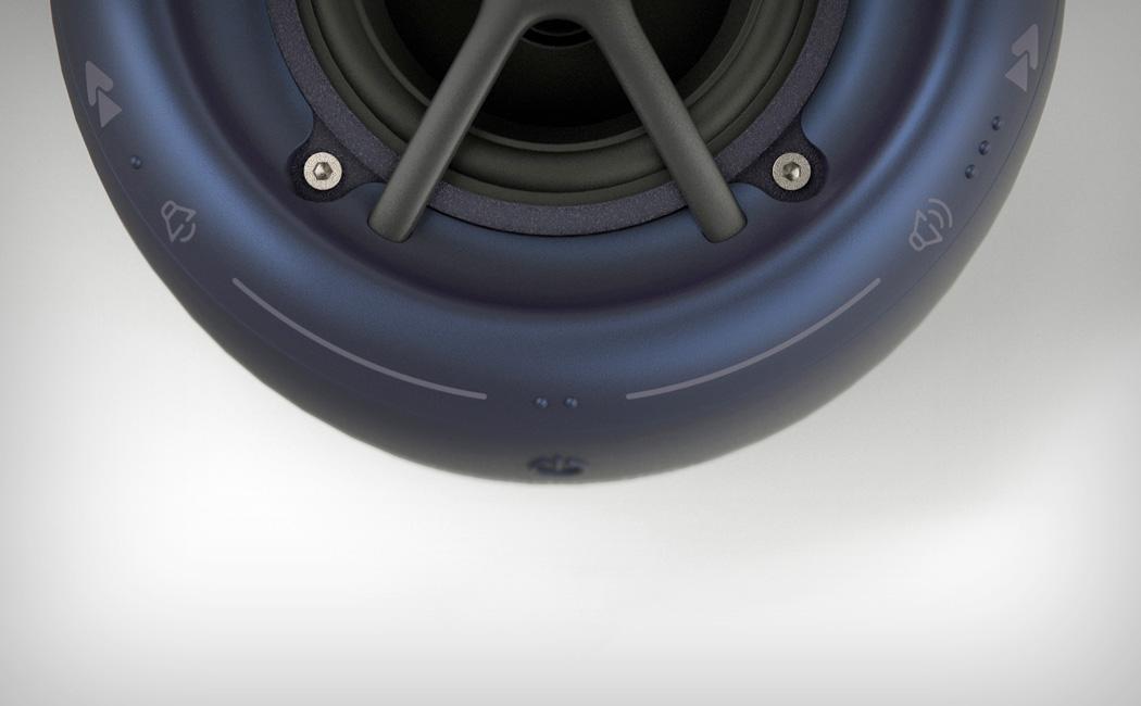 mercedez_benz_speaker_09