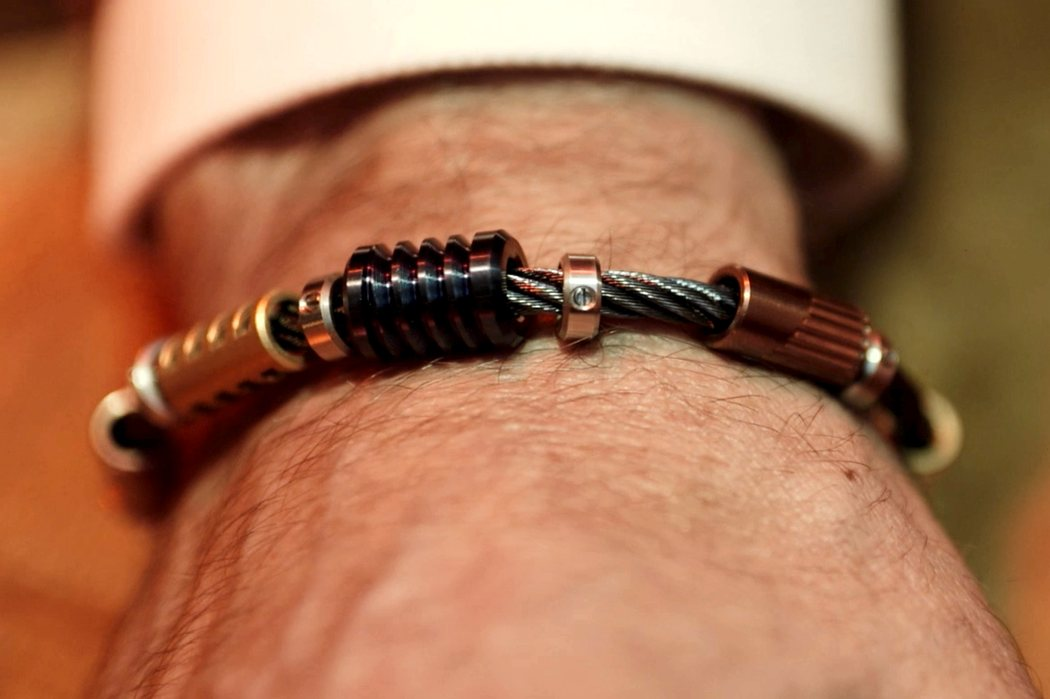 bailey_curated_bracelet_02