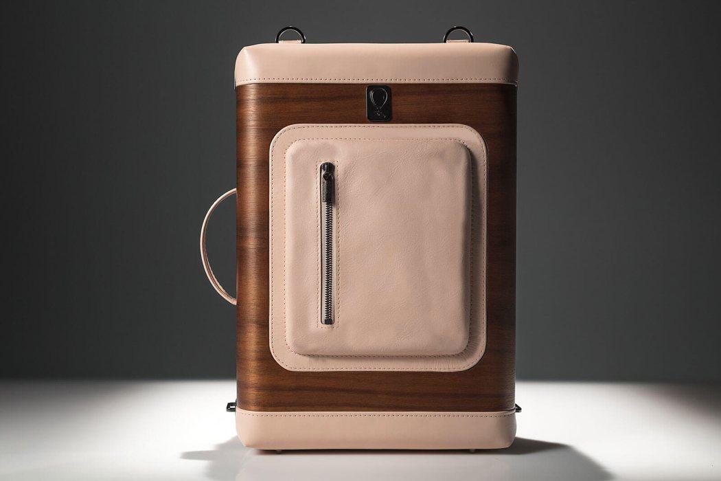 beyond_border_backpack_02